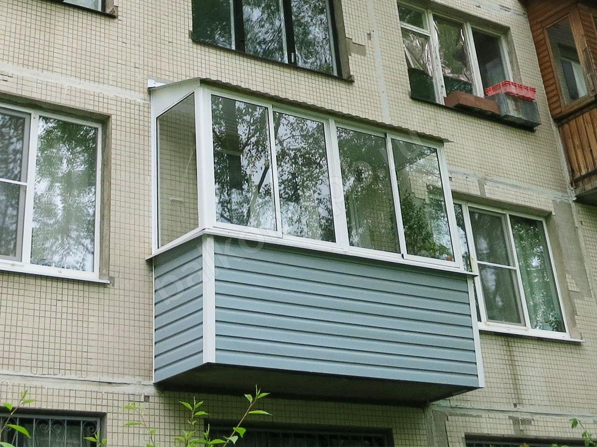 Монтаж раздвижных окон с крышей